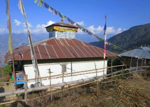 Along the way to Kanchenjunga base camp in Lonak villages